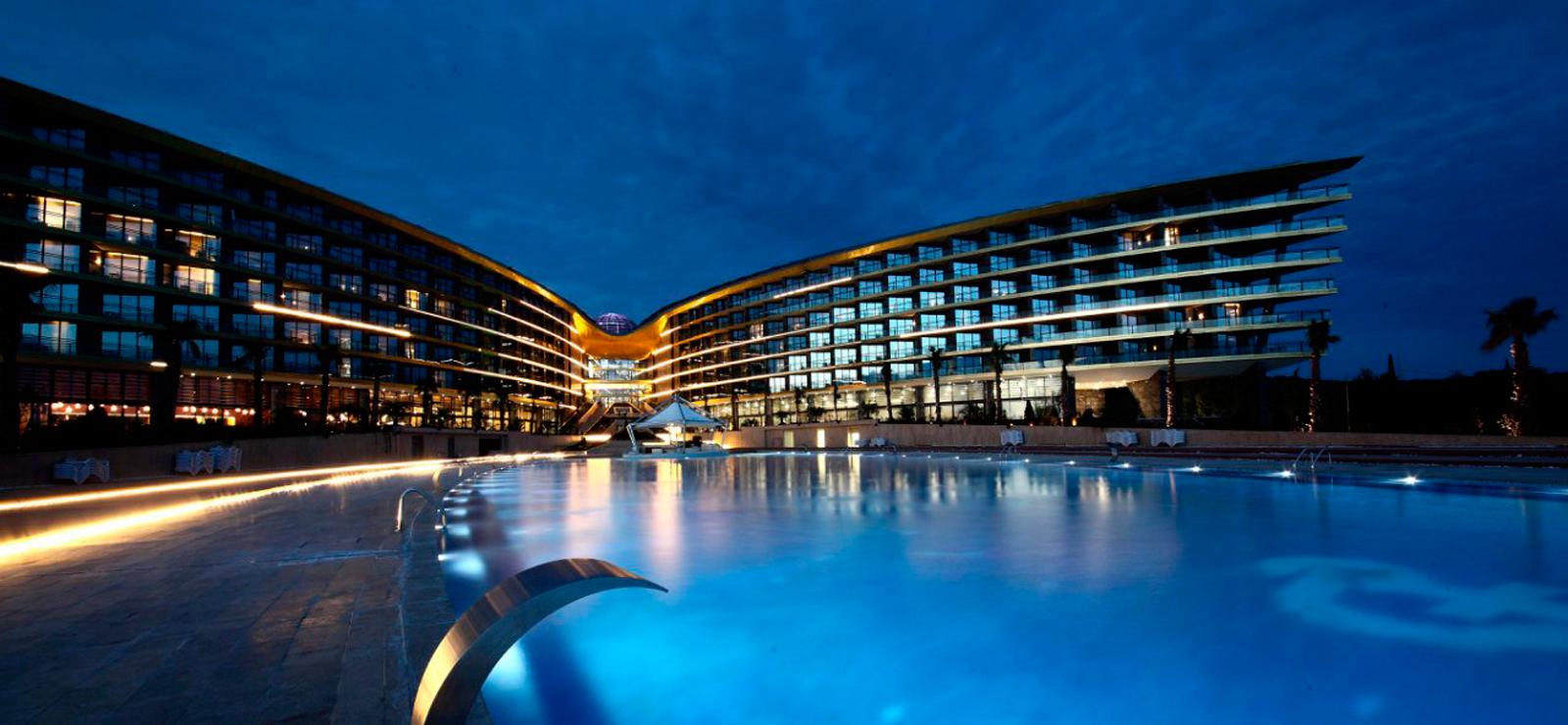 Отель в виде цветка фото